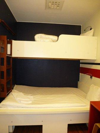 Hotel Micro : номер