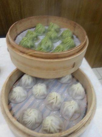 Jingding Xiaoguan: 小籠包