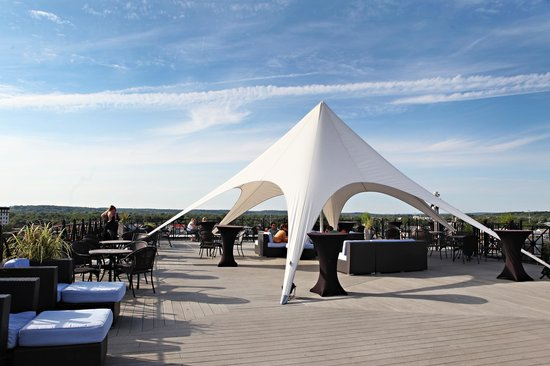 SkyDeck: Sky Deck is a great venue for weddings