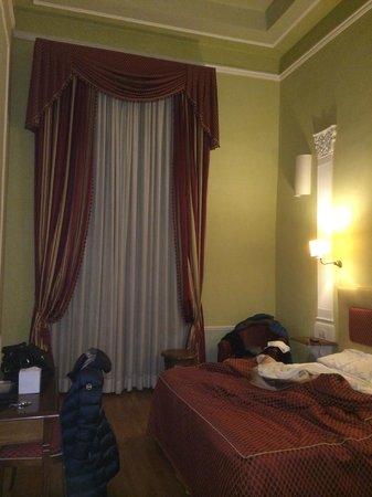 Hotel Bretagna : camera
