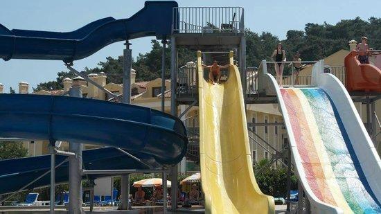 Green Nature Resort & Spa: pool slides