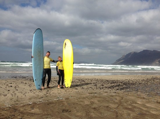 Surf School Lanzarote: Happy Surfers!