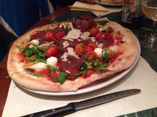 Pizzeria Ristorante Molino, Molard Genève : Pizza buonissima!