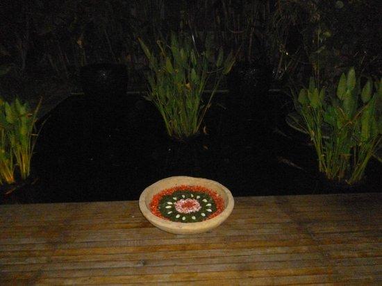 Kuta Seaview Boutique Resort & Spa: jardin acuatico