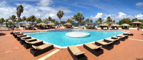 Plaza Beach & Dive Resort Bonaire: Nieuw zwembad!
