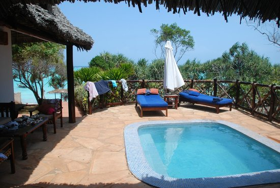 Ras Nungwi Beach Hotel : Pool of Ocean Suite