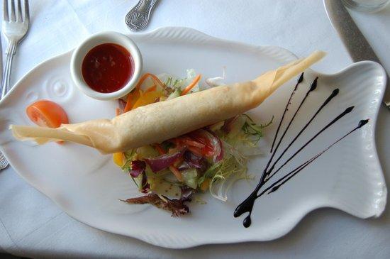 Silver Fox Seafood Restaurant: rouleau au crabe et gambas