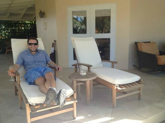 Jumby Bay Island: Our rondavel patio