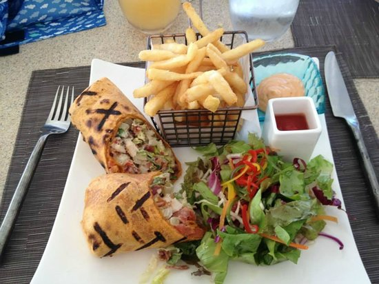 Jumby Bay Island : Lunch at the pool grill...sooo good!