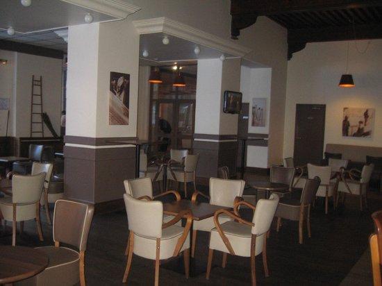 Club Vacanciel Pralognan-la-Vanoise : salon bar