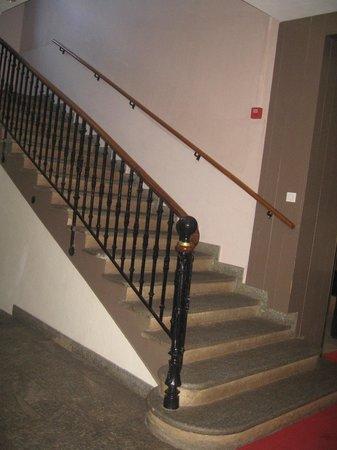 Hotel Club Vacanciel Pralognan-la-Vanoise: escalier