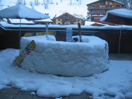 Hotel Club Vacanciel Pralognan-la-Vanoise: bar à neige