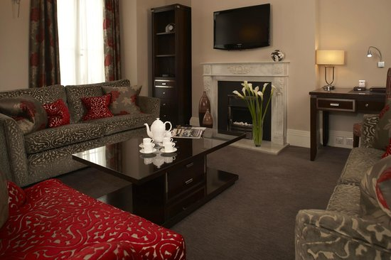 Beaufort House: We provide Sky satellite television channels and free wi-fi