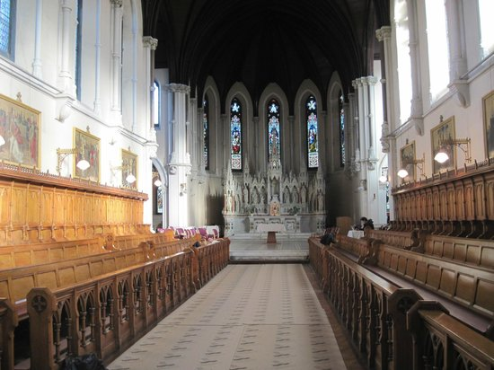 Purcell House, All Hallows College, Conference Centre: Lovely chapel on property
