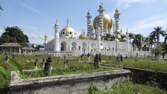Ubudiah Mosque: ubudiah2