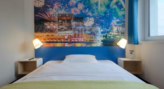 B&B Hotel Heidelberg - Zimmer mit französischem Bett