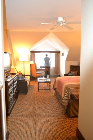 Hotel Talisa, Vail: very spacious room