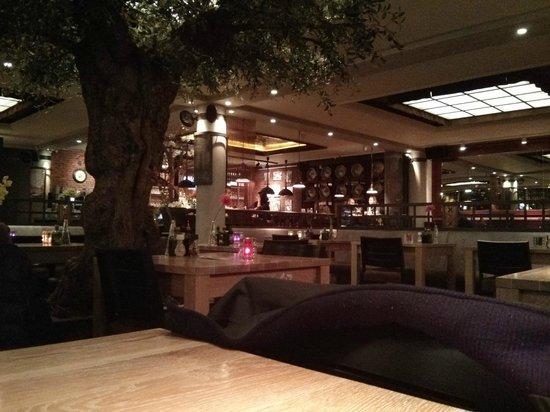 ambiance à l\'intérieur - Picture of Amstelhoeck, Amsterdam - TripAdvisor