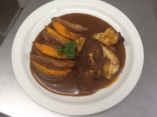 The Black Bull: Cajun spiced Nidderdale Chicken, Sweet Potato Wedges & BBQ Sauce