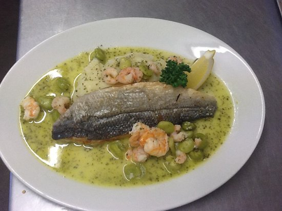 The Black Bull: Wild Whitby Seabass with Garlic Prawns