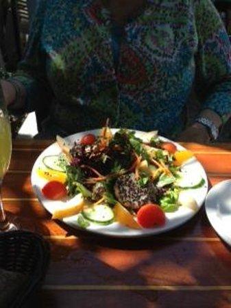 Blackfin Bistro : Delicious Scallop Salad
