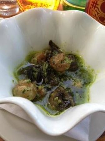 Blackfin Bistro : Escargot with Garlic parsley butter