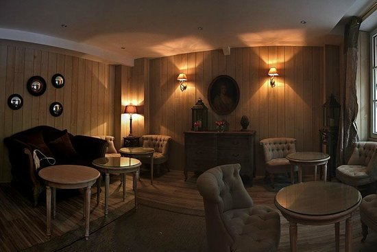 Hotel Cluny Square: Комната для завтрака