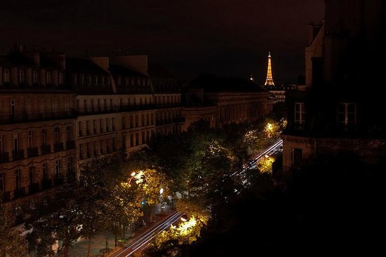 Hotel Cluny Square: Вид из окна Romance Suite