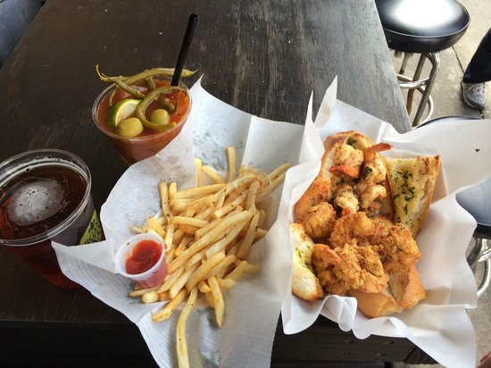 French Market : Shrimp, fries, beer & bloody mary.  perfect lunch