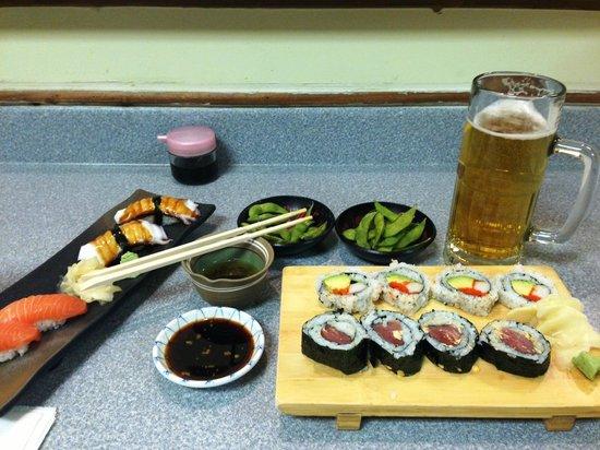 Sugano Japanese Restaurant: Tuna roll, Edamame, Salmon, Octopus and California roll