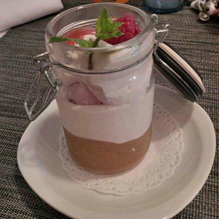 La Batisse : Délice de fraise/rhubarbe
