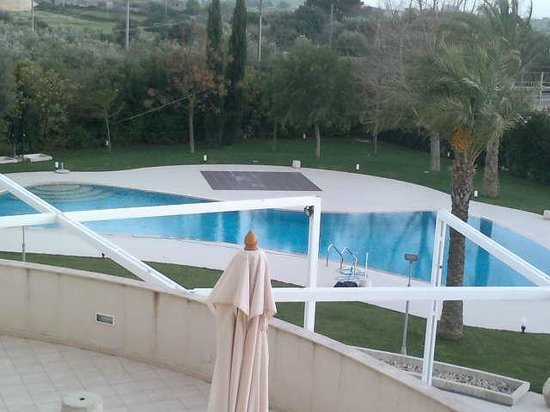 Modica Palace Hotel: vista piscina dalla camera