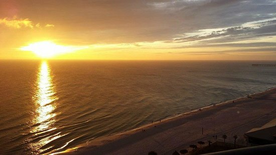 Holiday Inn Resort Panama City Beach : Beautiful Sunset
