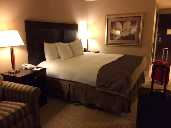 Hilton Dallas/Southlake Town Square : Nice bed