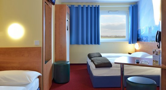 B&B Hotel Muenchen-Airport: B&B Hotel München-Airport - Familienzimmer für 3 Personen