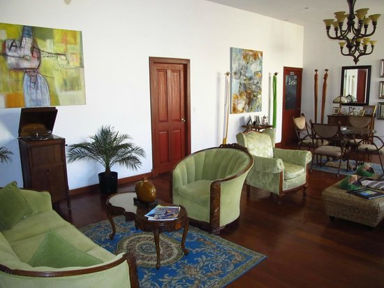 Casa Sucre Boutique Hotel: Beautiful common area/lounge upstairs