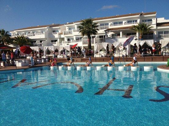 Ushuaia Ibiza Beach Club: Main Pool