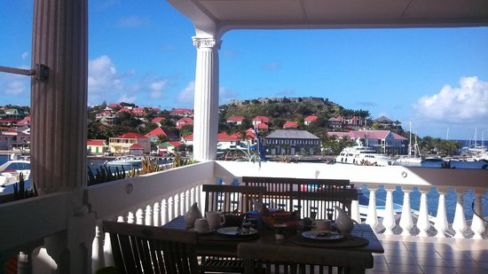 Sunset Hotel: Gustavia Harbor from the dining deck