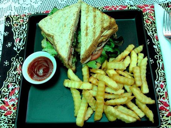 Gecko Cabane Restaurant: Club Sandwich