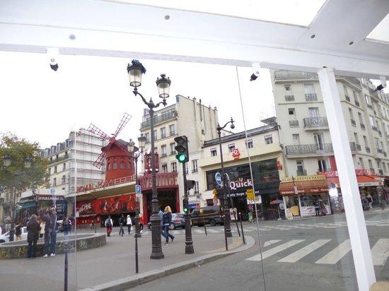 Moulin Plaza Hotel : Zona del Hotel