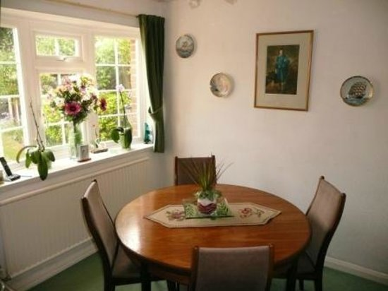 The Wirrals: Dining Room