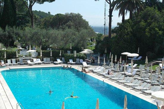 Rome Cavalieri, Waldorf Astoria Hotels & Resorts: Day Time View