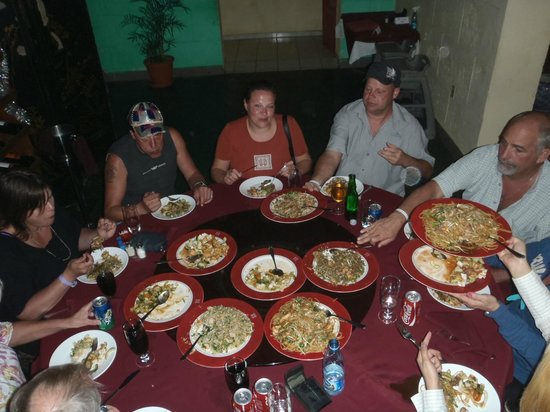 lai lai: authentic Chinese food - not cubanized!