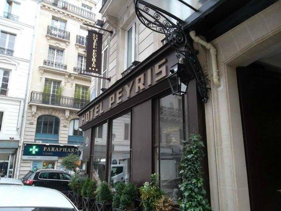 Hotel Peyris Opera: Esterno dell'hotel