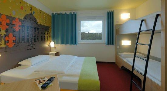 B&B Hotel Wiesbaden - Familienzimmer für 4 Personen