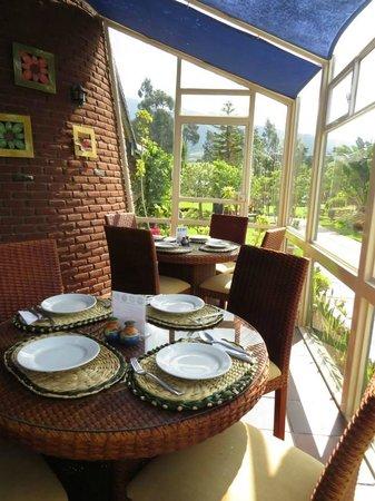 Puerto Lago : Interior del restaurant