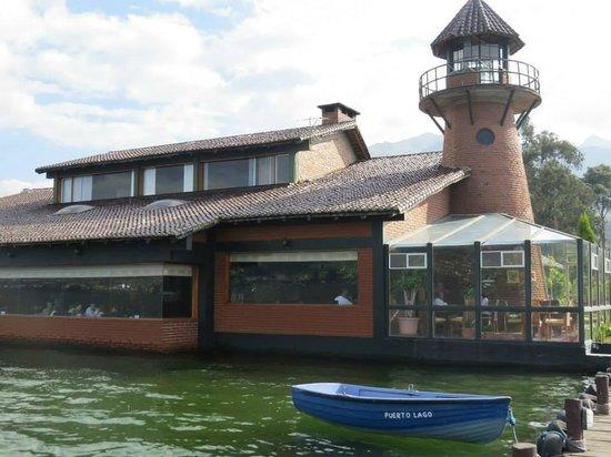 Puerto Lago : Exterior del restaurant