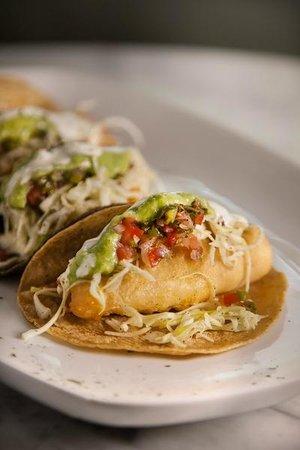 Agua y Sal Cebichería: Fish Tacos