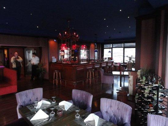 Grand Yavuz Hotel: Bar et restaurant au dernier étage