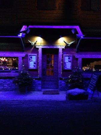 Farinet restaurant nightclub champery restaurant for Champery restaurant